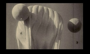 """""""ЗЕРКАЛО"""". Новелла третья - ДОМ С ПРИВИДЕНИЯМИ В ОДНОМ ИЗ АРБАТСКИХ ПЕРЕУЛКОВ. Сюжет второй - ВОСПОМИНАНИЯ АЛЕКСЕЯ ОБ ИСПАНЦАХ..."""