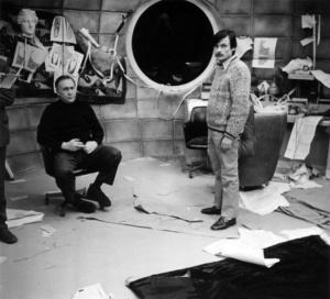 На фотографии слева - оператор фильма Вадим Юсов, справа - сценарист и режиссер Андрей Тарковский.