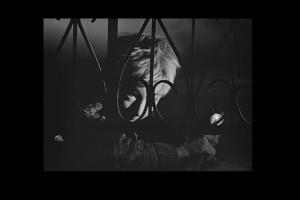 Самый черный эпизод фильма - ИГРА ИВАНА В ВОЙНУ, ТУТ ЖЕ ПРЕВРАЩАЮЩАЯСЯ В БРЕД, ГАЛЛЮЦИНАЦИИ - ЗРИМЫЕ И СЛУХОВЫЕ...