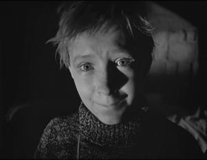 Самый черный эпизод фильма - ИГРА ИВАНА В ВОЙНУ: ПЛАЧ ОТ БЕССИЛИЯ ПЕРЕД ЗЛОМ...