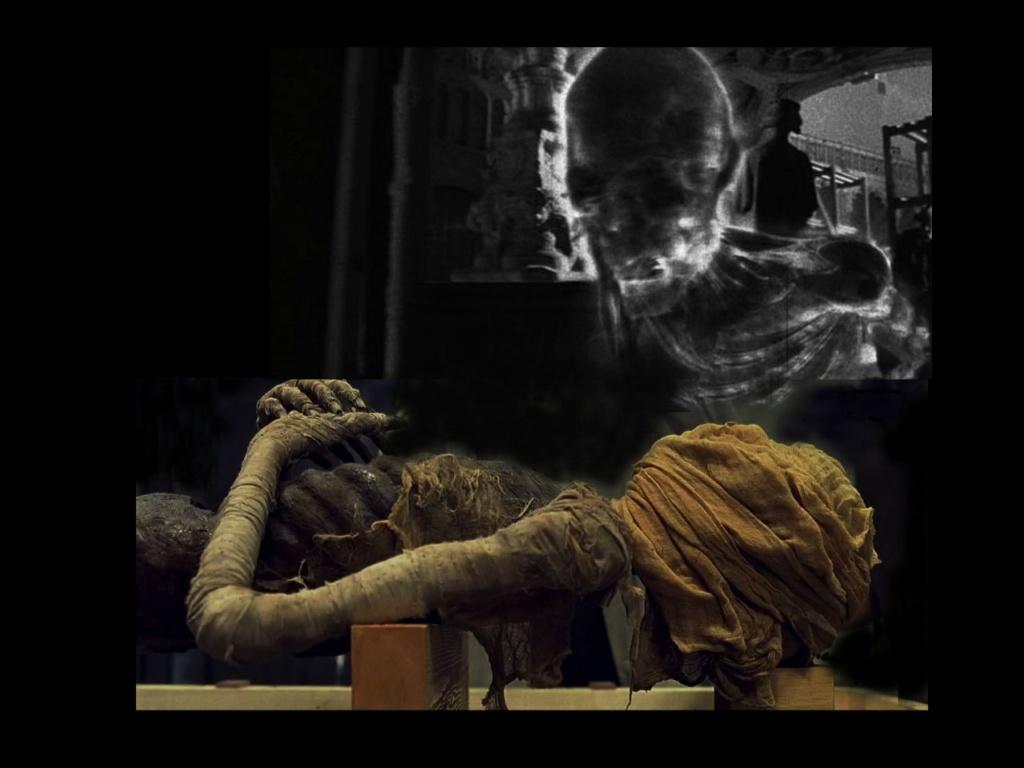 """""""Бельфегор - призрак Лувра"""" - фильм в жанре ужасов. Тот, кто любит этот жанр, а уж тем более смотрел этот фильм, увидев название альбома, решит, что о нем-то и пойдет речь. Ничуть. Ни в коем случае. Никогда и ни за что..."""