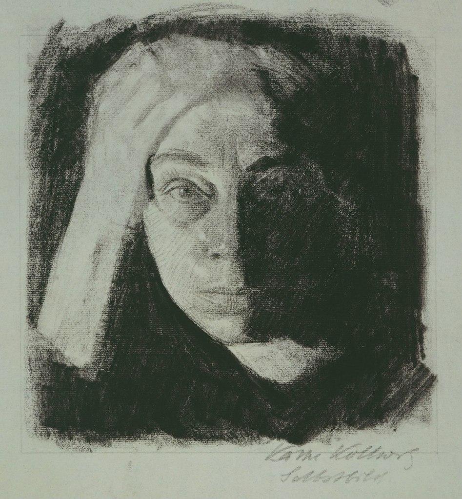Кете Кольвиц (8 июля 1867, Кёнигсберг — 22 апреля 1945, Морицбург, Саксония) — немецкая художница, график и скульптор, до репрессий - профессор Берлинской Академии искусств. Автопортрет.
