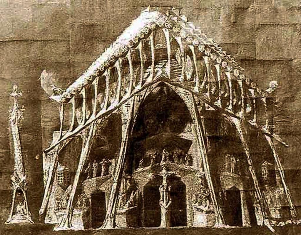"""ИСКУПИТЕЛЬНЫЙ СОБОР СВЯТОГО СЕМЕЙСТВА.  Западный фасад """"СТРАСТЕЙ ХРИСТОВЫХ"""". В 1911 году в городе Пучсерда тяжело больной Гауди написал завещание и сделал эскиз портала, где запечатлены события последней недели земной жизни Иисуса."""