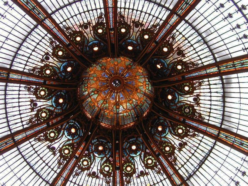 «Галерея Лафайетт» в Париже - исторический памятник...