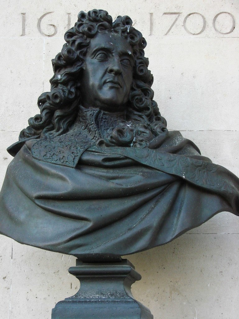 Андре Ленотр (фр. André Le Nôtre) (1613 — 1700) французский ландшафтный архитектор, сын главного садовника Тюильри Жана Ленотра — придворный садовод Людовика XIV, с 1657 года — генеральный контролер королевских зданий.