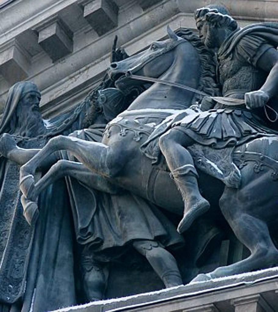 Исаакиевский собор. Арх. О. Монферран. 1818-1858. Фрагмент горельефа, установленного в тимпане восточного портика. Ск.: И. П. Витали.
