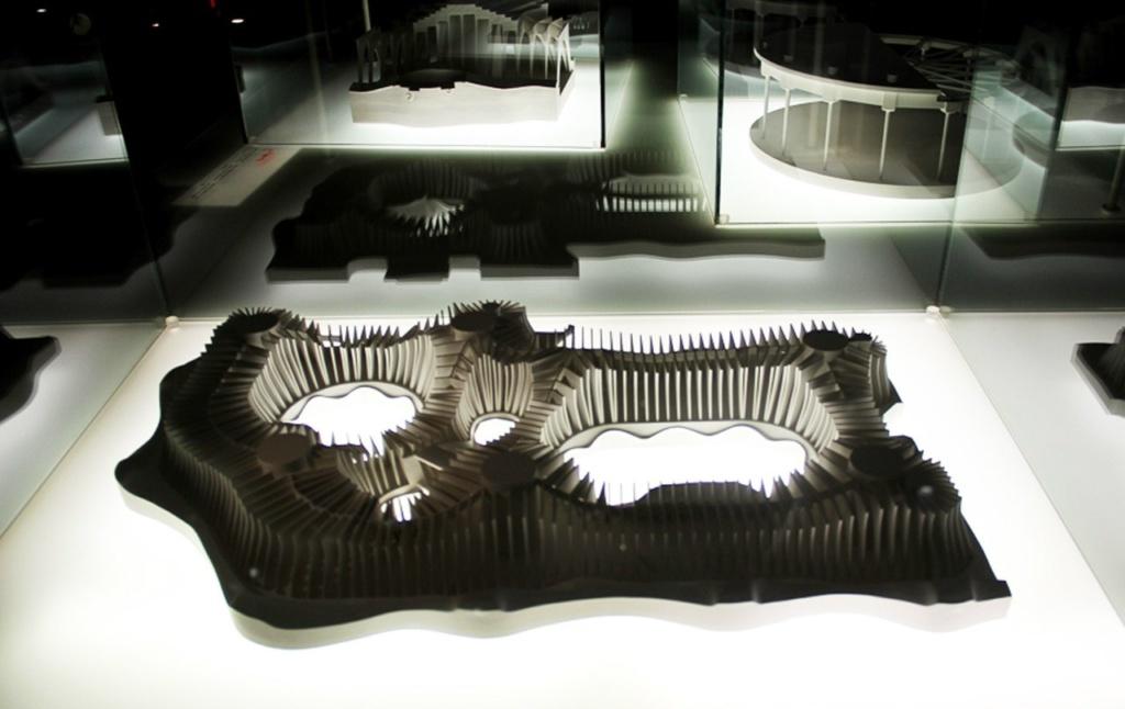 Каса Мила - мансарда Дома, превращенная в экспозиционный зал, где демонстрируются конструктивные решения Гауди.
