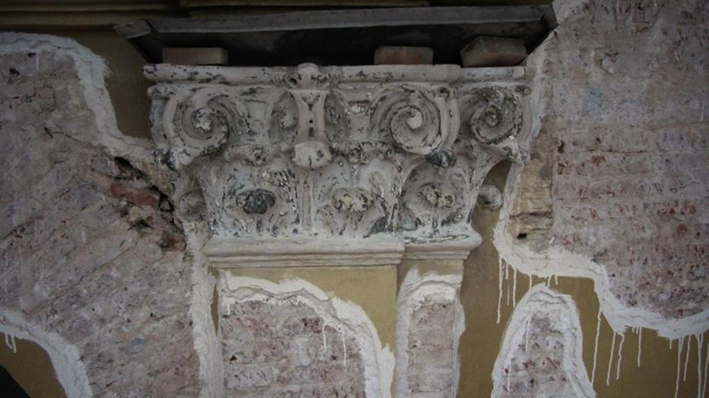 Пример ведущихся на Колокольне реставрационных работ...