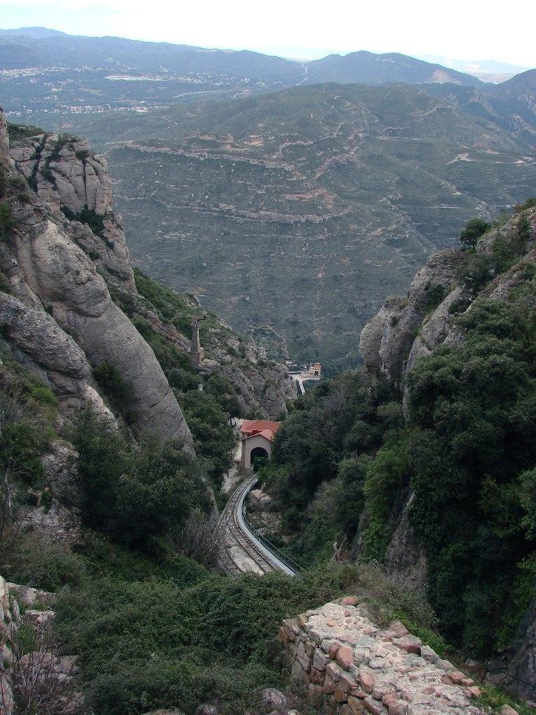 Путь в Барселону через Монтсеррат - Священную гору Каталонии...