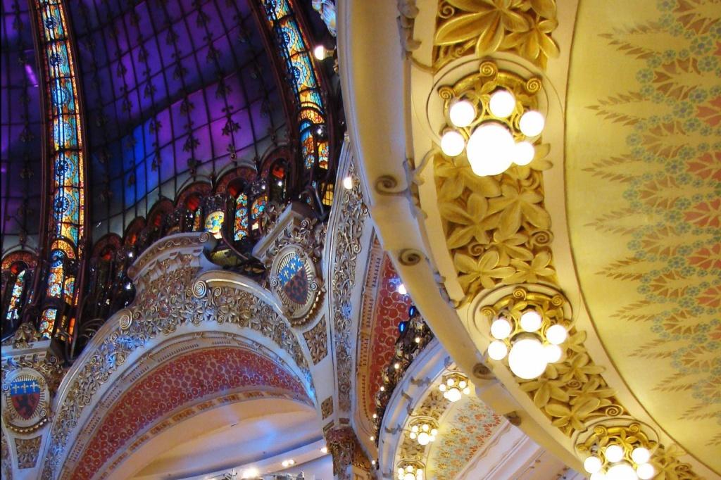 «Галерея Лафайетт» в Париже - мир самого изысканного вкуса...