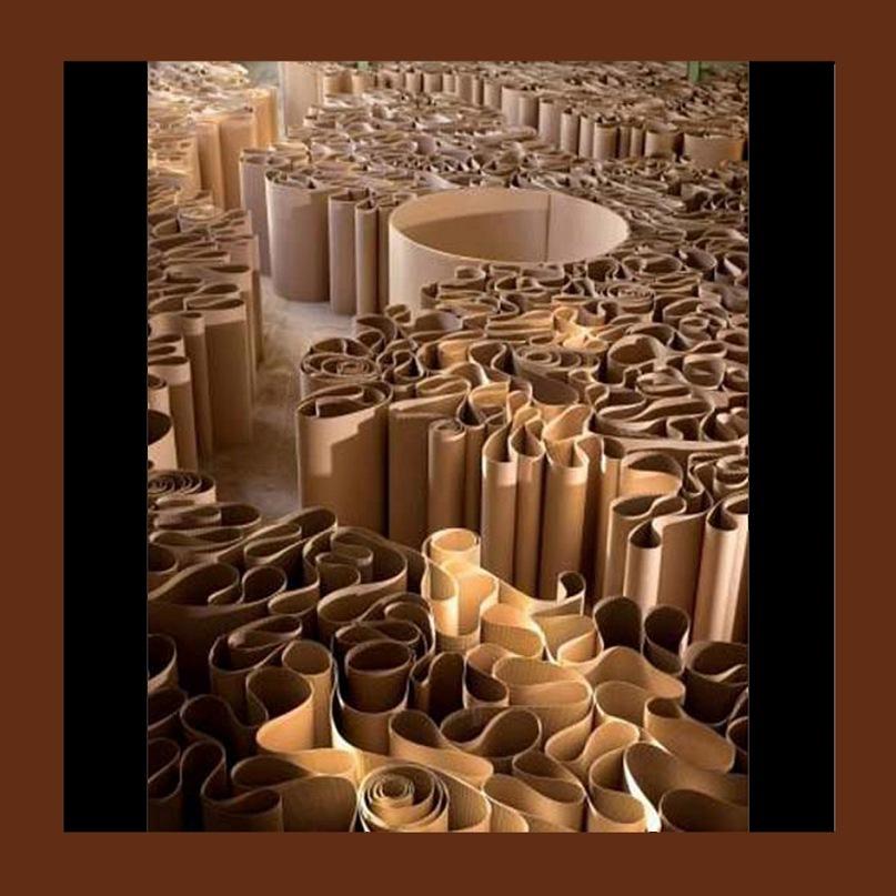 """Экспонаты выставки-ярмарки """"Арт-Базель - 2010"""". """"Лабиринт и Большой колодец"""", что противопоставлены друг другу, как запутанность ясности"""