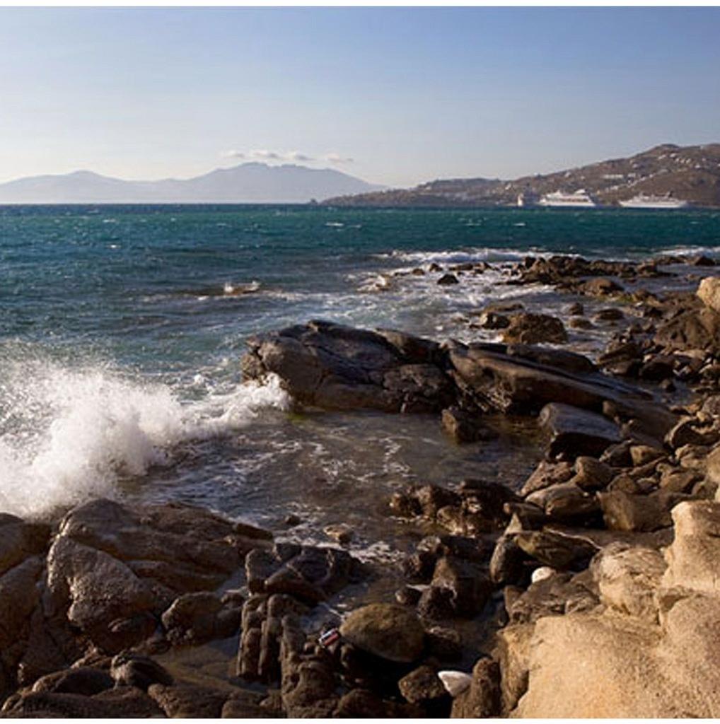 Вид на Кикладские острова с острова Делос