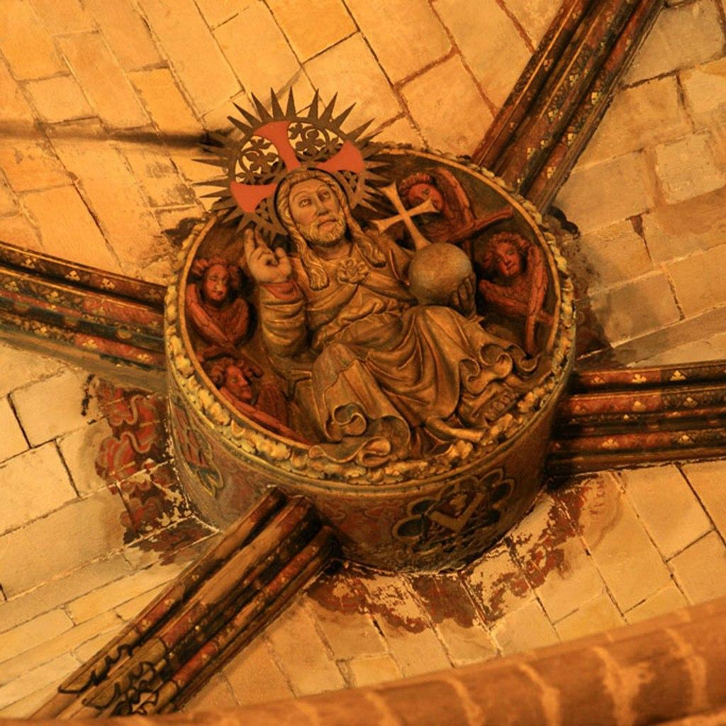 """Кафедральный собор в Барселоне. Ранняя готика. Не позднее XV в. Рельефы на замковых камнях. """"Христос Вседержитель"""""""