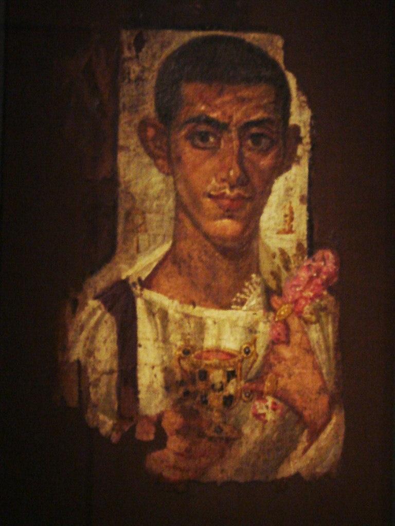 Портреты из Фаюмской коллекции, хранящейся в Лувре. Важная особенность фаюмских портретов — использование тончайшего сусального золота. На некоторых портретах позолочен весь фон, на других золотом выполнены только детали...