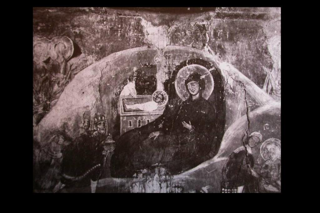"""Фрески Спаса на Нередице. Фотофиксация довоенных лет. """"Рождество Христово"""". 1199. Не сохранилась картина рождения Сына - счастливого момента в жизни каждой Матери, только не Марии, взгляд которой выдает понимание Предстоящего..."""