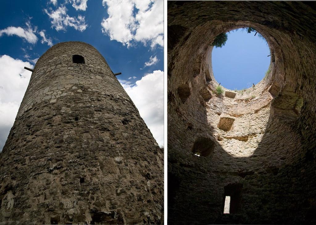 Башни Изборской крепости из пяти ярусов для ведения боя.