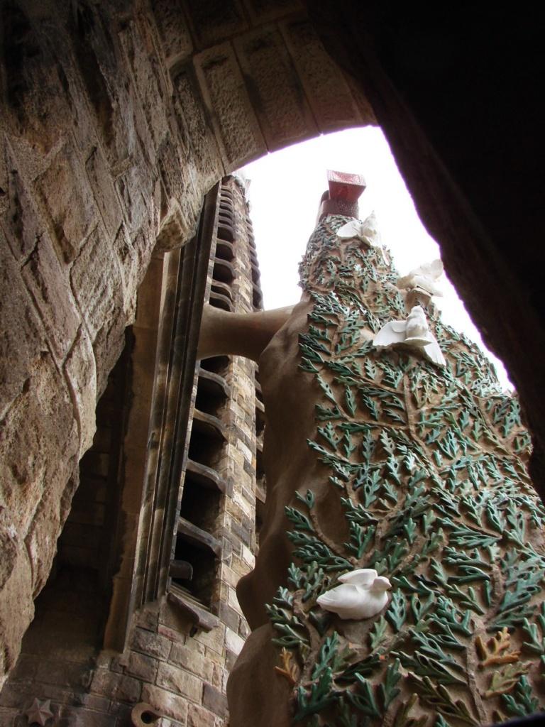 Вид на верхнем уровне подъема на башню-колокольню.