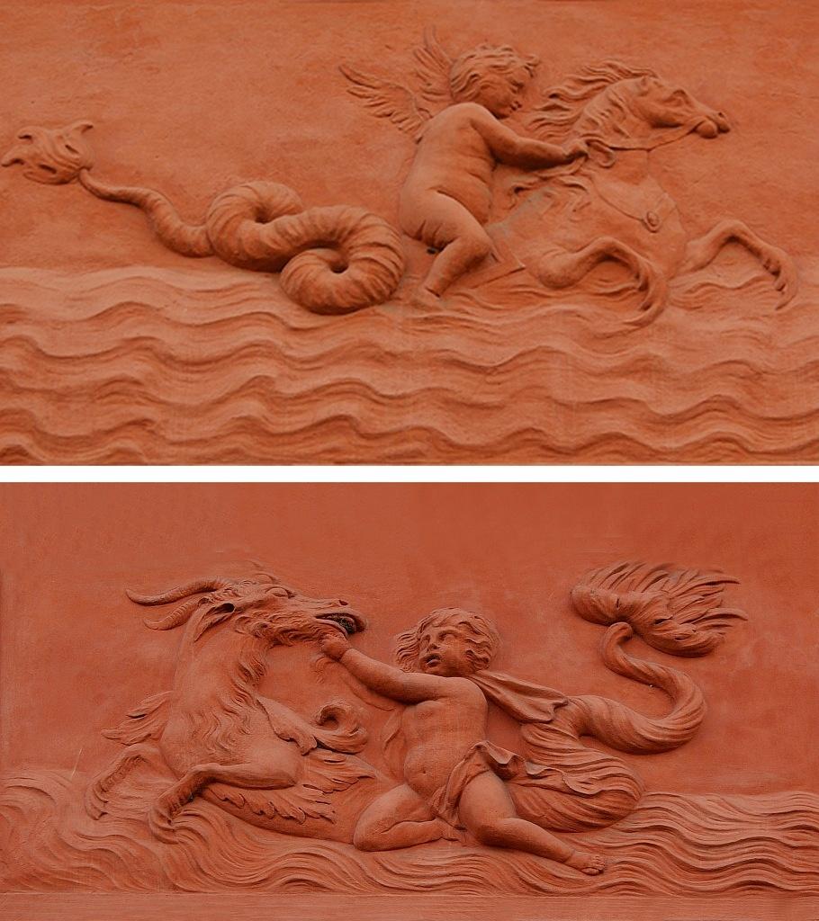 "Петербург. Летний сад. Ле́тний дворе́ц Петра́ I. Межоконные барельефы. ""Амур на гиппокампе"". Межоконные барельефы. ""Амур и морское чудовище"""