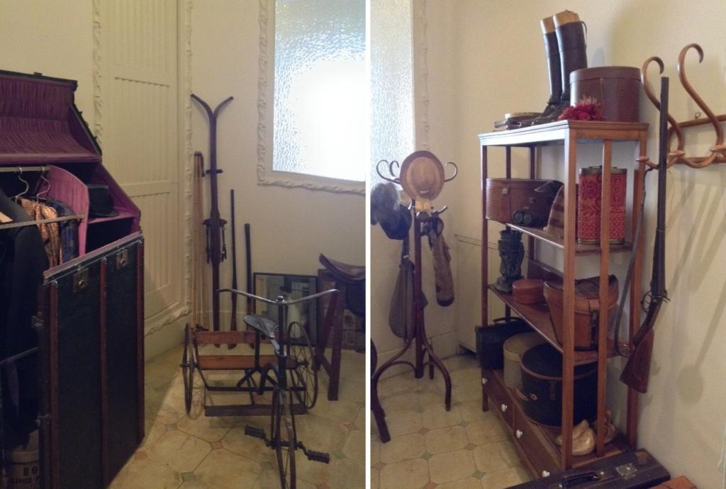 Каса Мила. Демонстрационная квартира, что оформлена в стиле 20-х годов XX века. Кладовая со спортивными и охотничьими предметами.