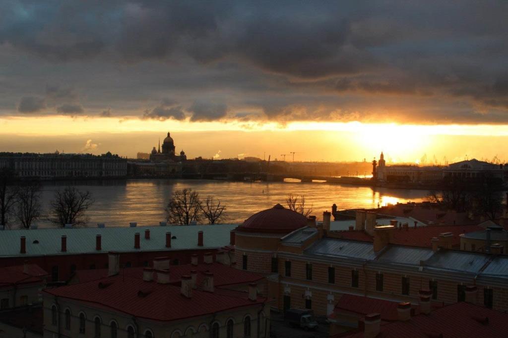 Отчет: состояние Петербурга на 27 ноября 2012 года. Все - рабочий день закончился.