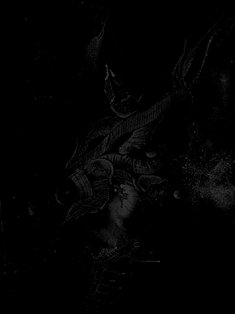 Здесь Медузы не разглядеть, и не надо, потому что душу умершего, который встретится с ней взглядом, запятнает грех столь страшный, что окажется он на самом дне Ада...