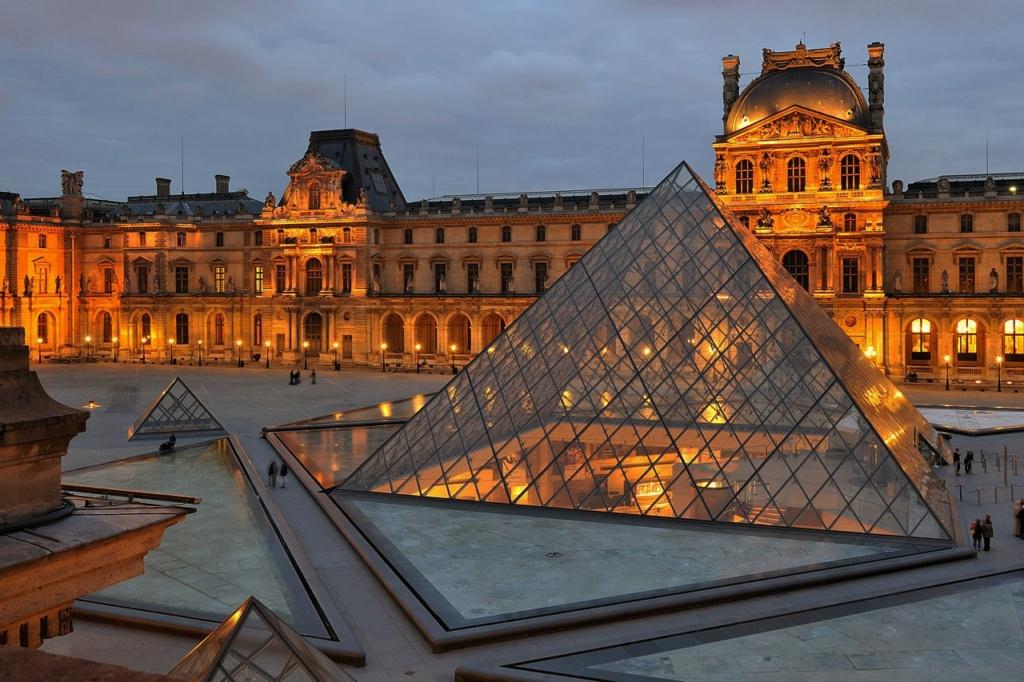 Та последняя реконструкция, которую Лувру предстоит пережить, но о ней в следующем альбоме...