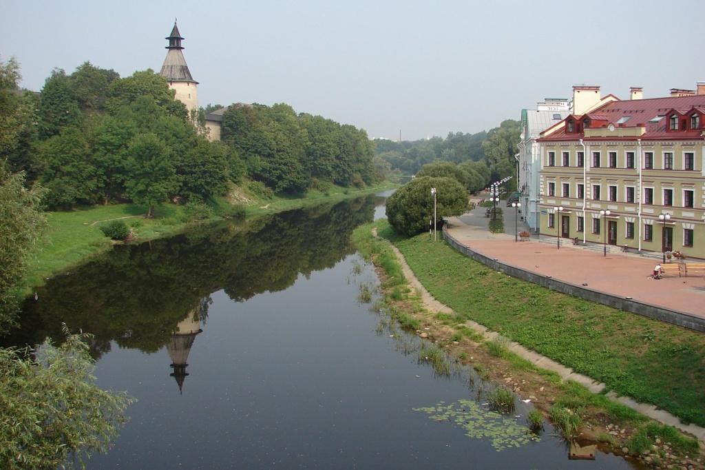 Река Пскова. Вид на Запсковье