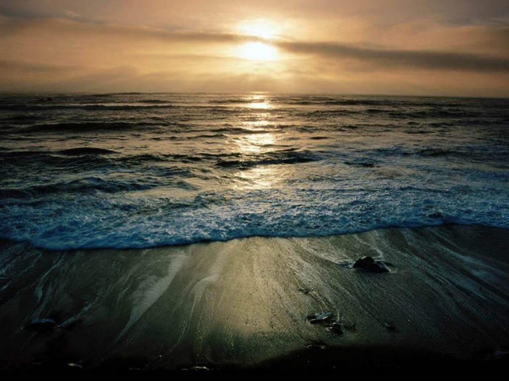 Море - Вечность, дышащая, живая, притягательная...