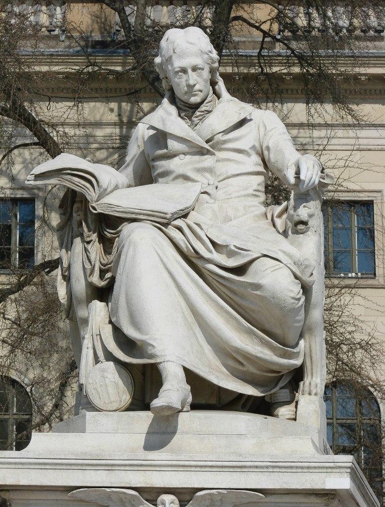 Памятник Вильгельму фон Гумбольдту. Ск. Пауль Отто, 1882.