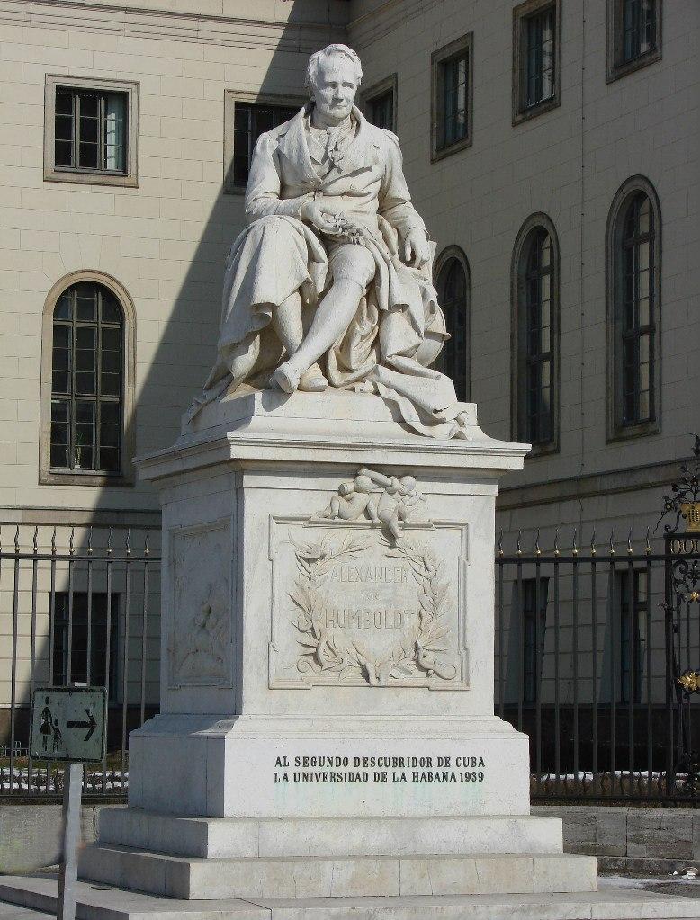 Памятник Александру фон Гумбольдту. Ск. Пауль Отто, 1882.