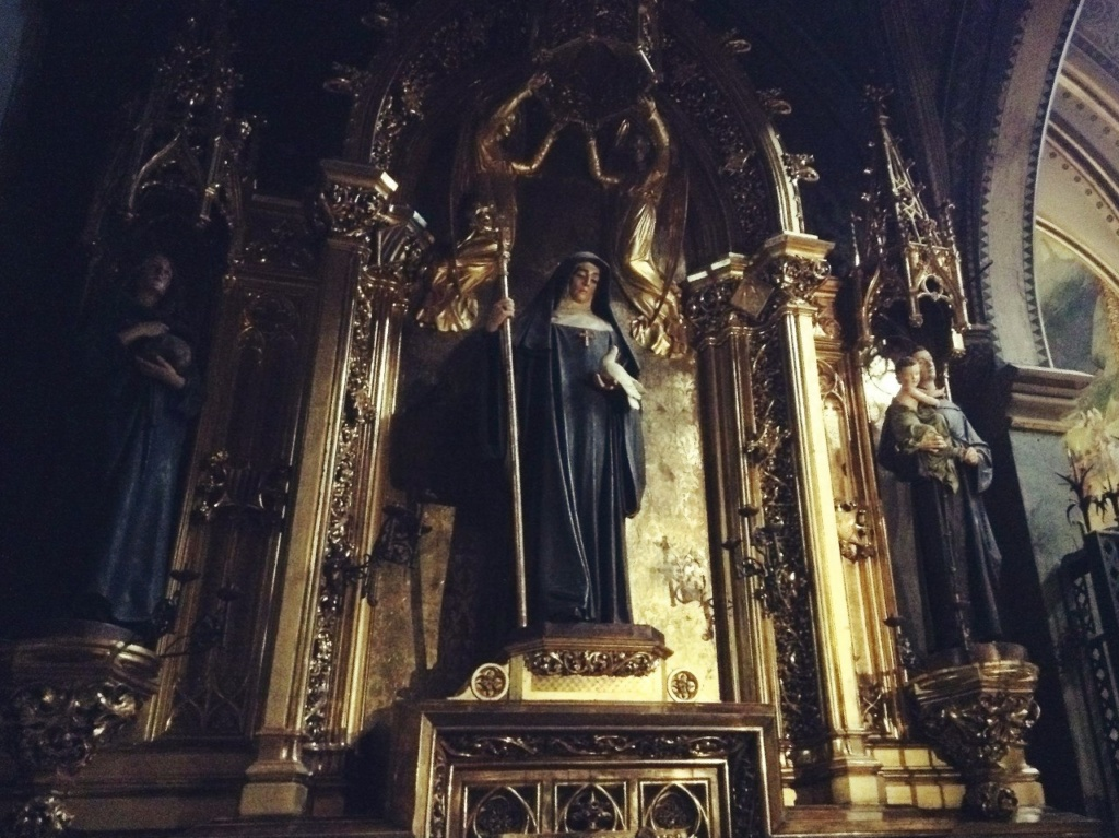 Скульптуры Святых, установленные в храме. Фото А. Вьюгиновой.