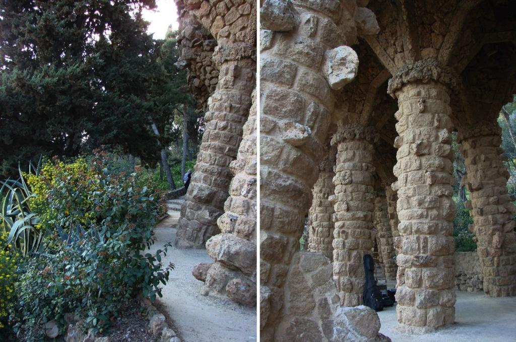 """Парк Гуэля. Средний (""""виадук Дерева"""") — в стиле барокко. Здесь стоит три ряда мощных вертикальных, как положено, колонн, что создаёт не менее зачаровывающую игру перспективы..."""
