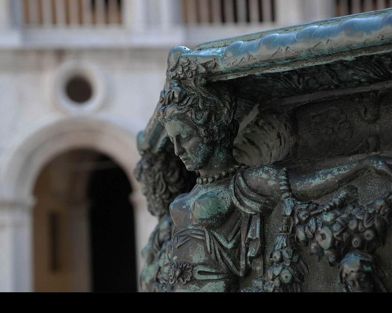 Декор решетки у Кампанилы на площади Сан Марко...