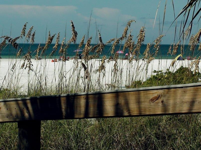 Венеция. Остров Лидо. Белопесчаные пляжи - золотые... То - ЭЛИЗИУМ: Рай на Земле, открытый для чистых душою...