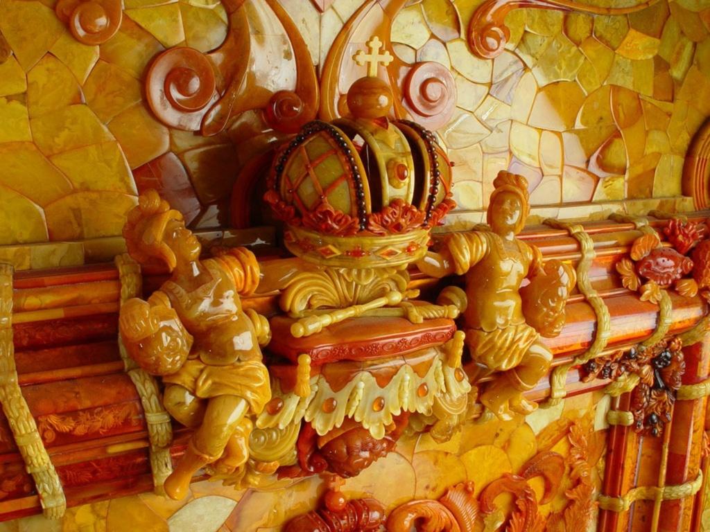 Янтарная комната. Фрагмент фигурного орнамента одной из рам...