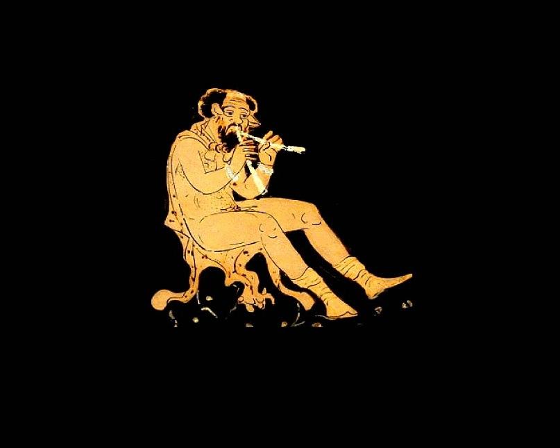 Изображение на древнегреческой вазе: сатир Марсий играет на тростниковой флейте, изобретенной Афиной. Увидев, что игра обезображивает ее лицо, Богиня бросила флейту, Марсий поднял и научился так хорошо играть на ней, что все заслушивались.