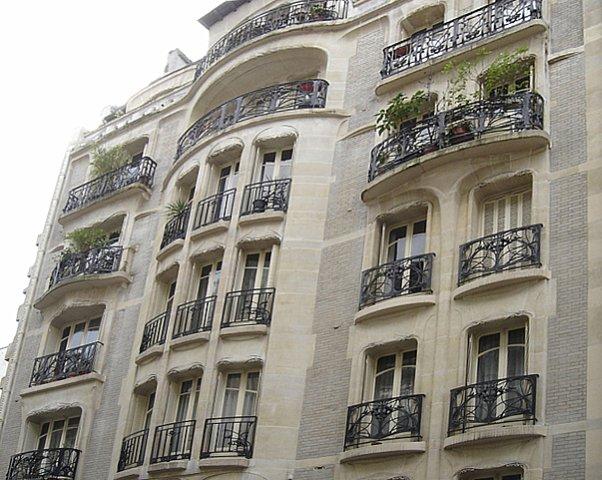 """Парижские здания в """"стиле Гимара"""""""