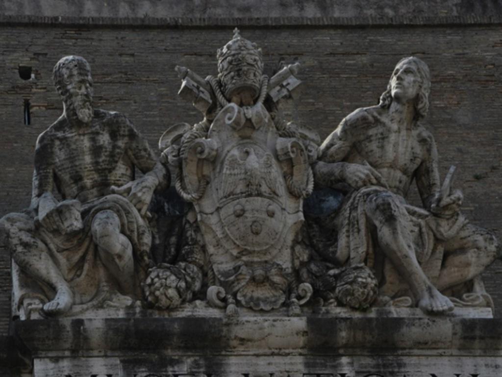 Глухая стена вокруг Ватикана, определяющего жизнь в Риме и Мире. Караваджо в 1606 году бежал из Папского Рима в надежде вскоре вернуться, но этого не случилось - через четыре года он погиб при неизвестных обстоятельствах