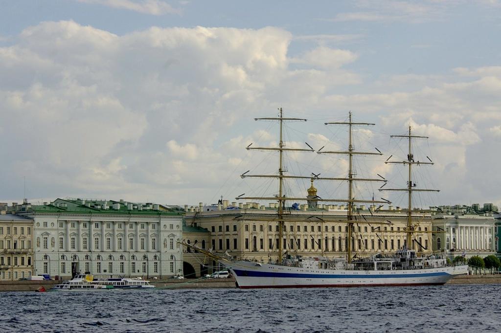 Санкт-Петербург. Дворцовая набережная