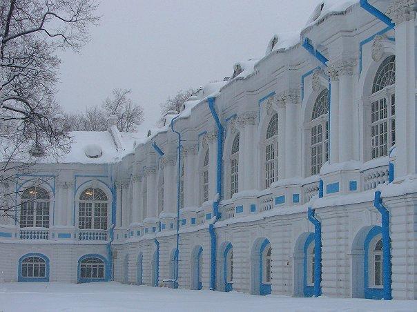 Санкт-Петербург. Смольный монастырь. Келейные корпуса..