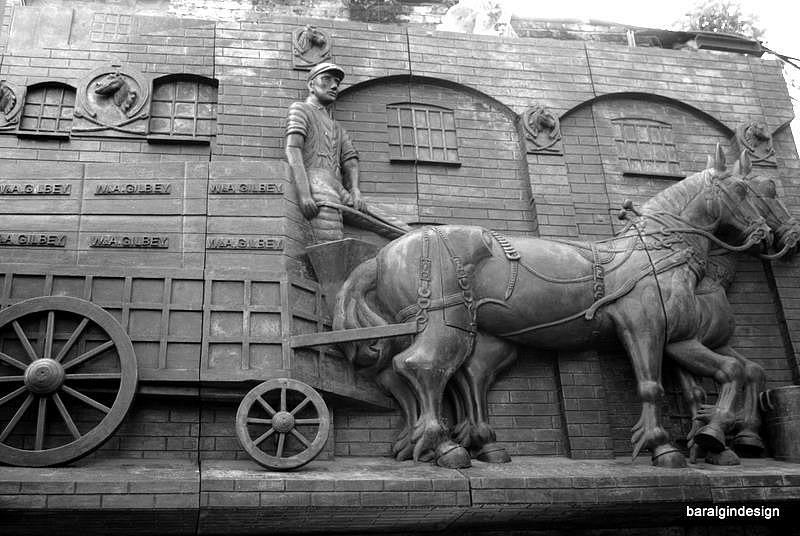 Лондон. Бывшие конюшни