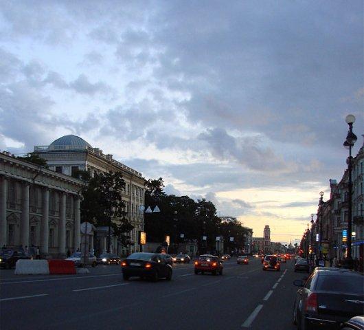 Невский проспект от реки Фонтанки  до Надвратной башни Главного Адмиралтейства